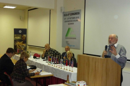 General assembly: André, Heinz, Renata and David Summers